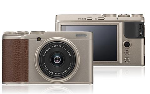 操控大变样 富士正式发布全新大底便携无反相机XF10