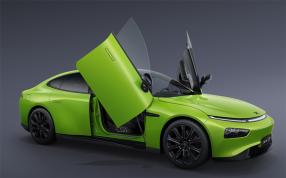 小鹏P7鹏翼版正式发布:采用剪刀门设计 36.69万元起售