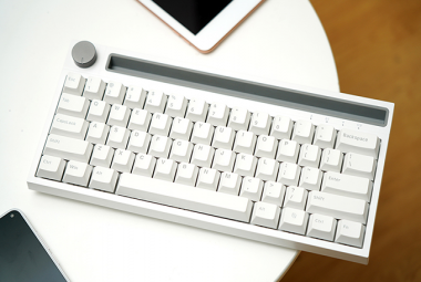 """国产键鼠也玩起""""性冷淡风"""" 黑爵K620T便携蓝牙机械键盘体验"""