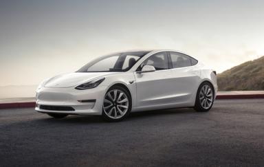 国产Tesla Model 3高性能版明年上市 续航635公里,售价41.98万