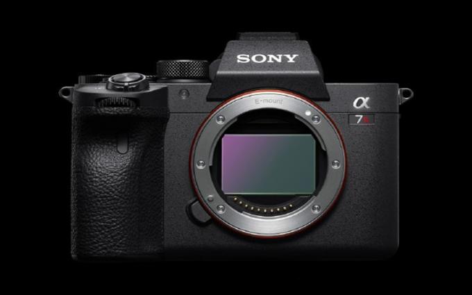 全画幅新纪录6100万像素 索尼正式发布全画幅微单相机α7R IV