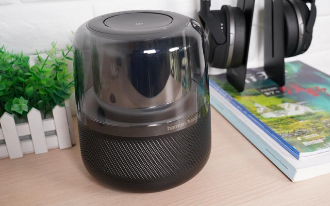 豪华时尚的哈曼卡顿音乐琥珀音箱与微信AI相结合会擦出什么火花?