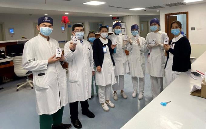 蔡司光学已向全国疫情区域捐赠超268万片清洁湿巾及9500副防护目镜
