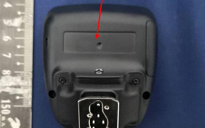 富士注册无线引闪器EF-W1 闪光灯系统有大动作?