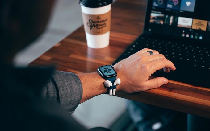 """担心AirPods变AirPod?试下这款略显""""奇葩""""的Apple Watch表带吧"""