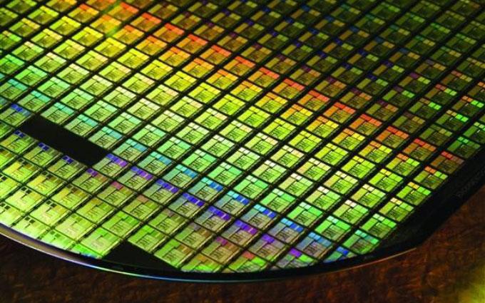 最高8400MHz的DDR5内存今年开始量产