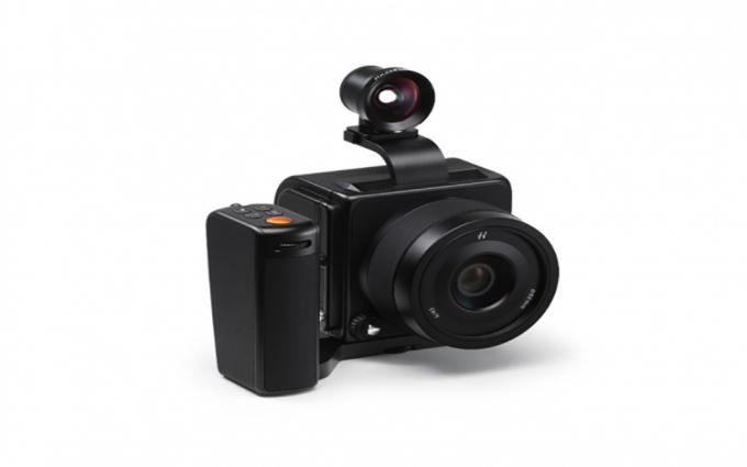 哈苏推出907X限量版OVF和控制手柄 并发布相机新固件