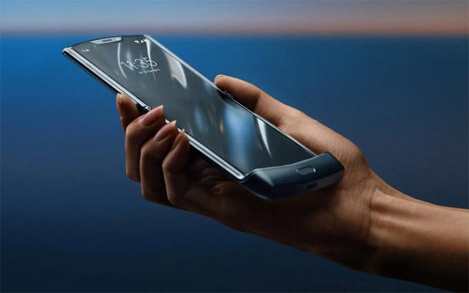 摩托罗拉Razr 5G版手机年末上市 已通过国内3C认证