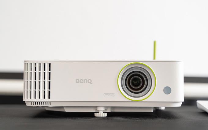 明基智能投影仪E592上市 更专业更多功能