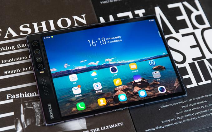 FlexPai 2折叠屏手机图赏:手机平板二合一的进化方向