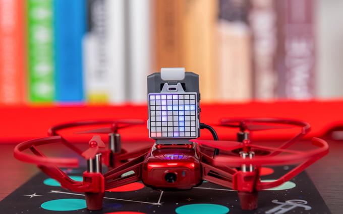 大疆RoboMaster TT无人机评测:航拍编程之路就此启航