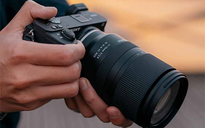 腾龙17-70mm变焦镜头产品图曝光 内置VC防抖功能