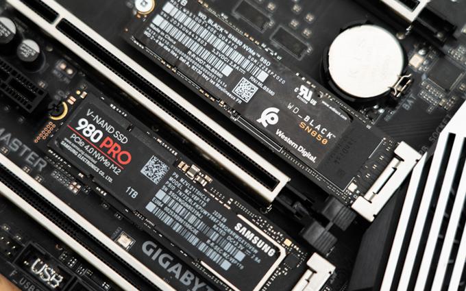 谁是PCIe 4.0 SSD的王中王?WD_BLACK SN850对比三星980 PRO