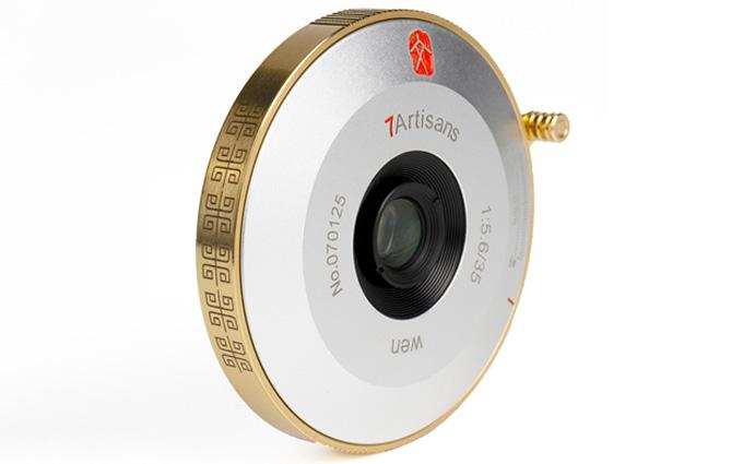 七工匠推出M35mm F5.6饼干镜头 中式土豪风外观
