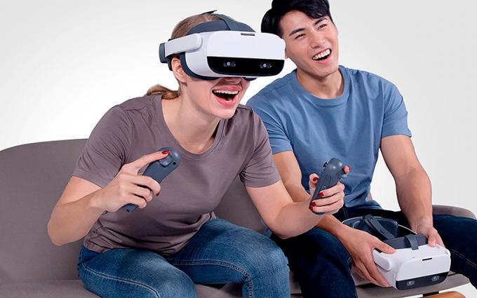 祝贺Pico Neo 2 VR一体机在热点科技2020五星奖颁奖盛典中荣获:优秀产品奖