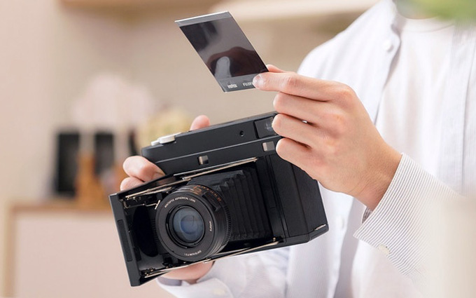 MiNT Camera众筹新相机SF70 复活宝丽来SX-70