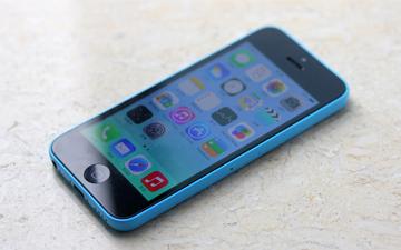 美国政府:苹果你不解锁iPhone?那就交出源代码!