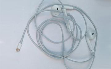 耳机口确实没了 iPhone 7耳机曝光