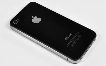 苹果黔驴技穷 开倒车回归iPhone 4的造型