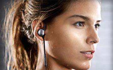 运动爱好者福音 三星 Level Active蓝牙运动耳机