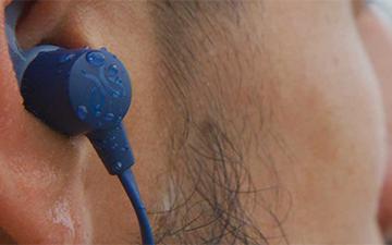 "Google版""AirPods""来袭,谷歌更新快速配技术对以同步安卓蓝牙耳机"