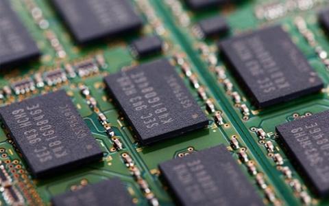 瑞银分析师:DRAM内存将在2019年Q1跌价15%