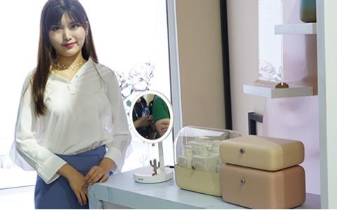 "CES Asia 2019 | Lofree亮相三款""跨界""新品:不止瞄准办公桌面,还要俘获少女心"